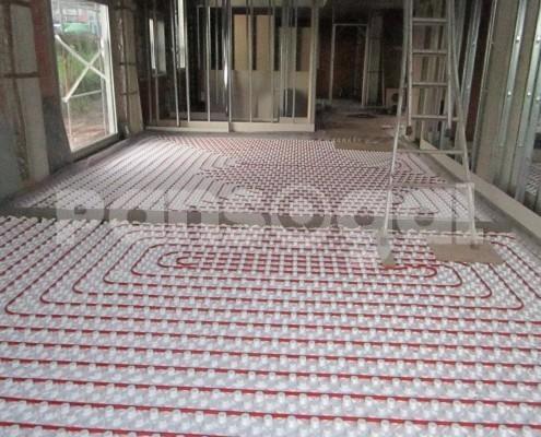 Instalación de colectores suelo radiante en Galicia